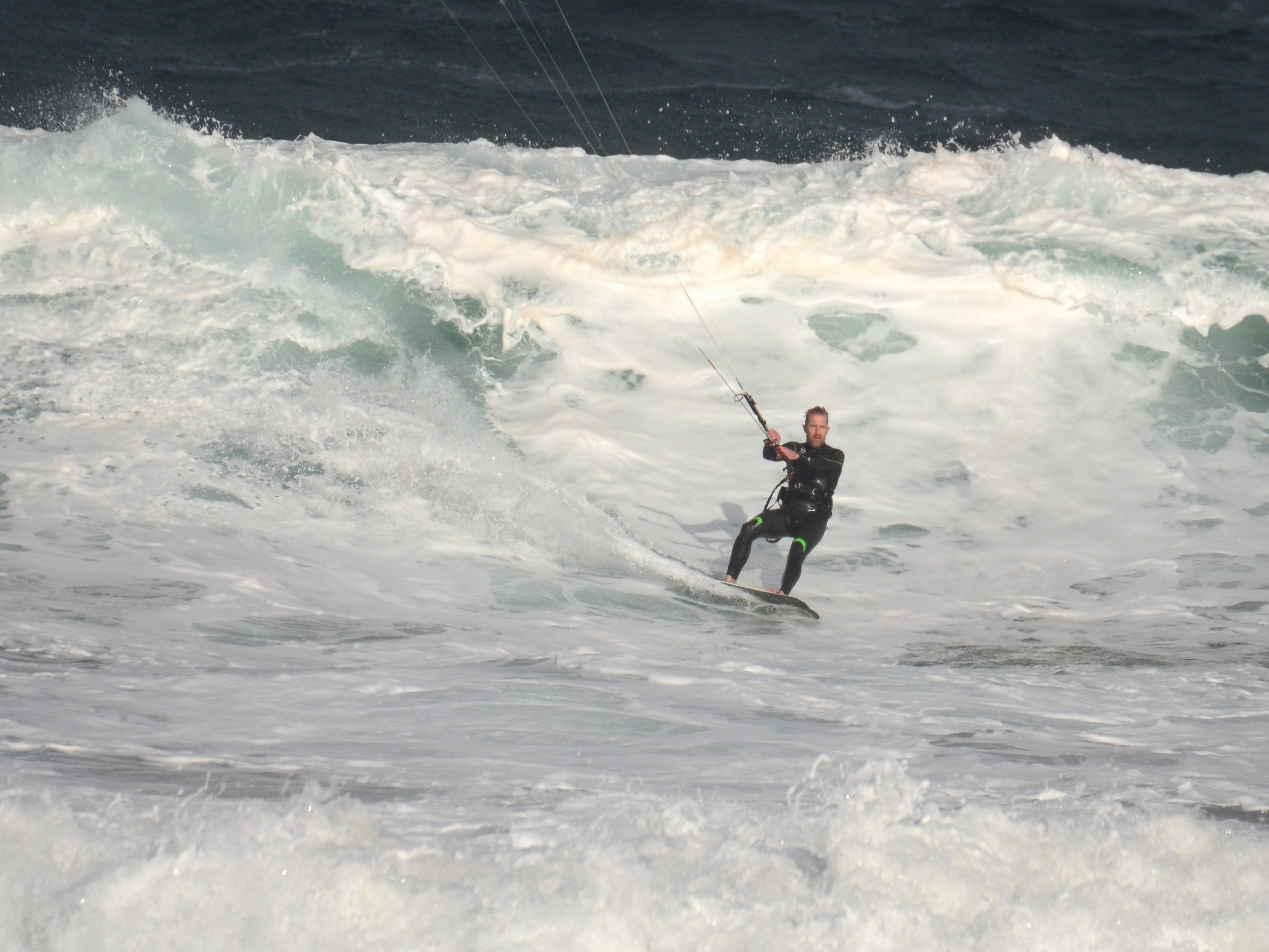 Mike Frith coming down a chunky one...
