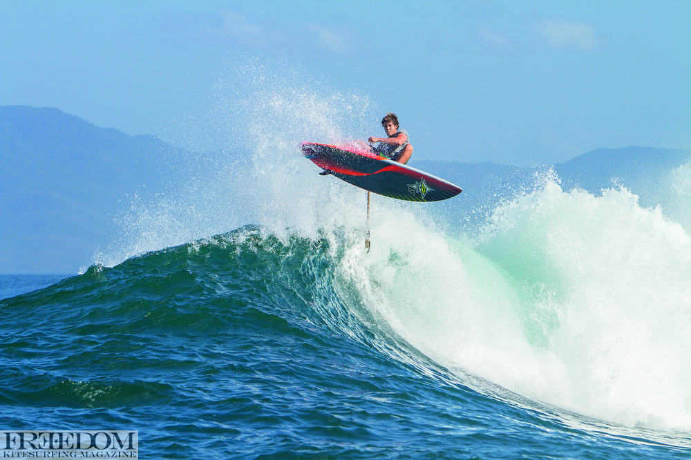 CAN YOU BELIEVE THAT THE SUP INDUSTRY DID NOT RUN THIS SHOT IN ONE OF THEIR MAGS! WE THINK ITS SICK SO HERE IT IS... KEAHI IS BETTER THAN YOU ON A SUP.