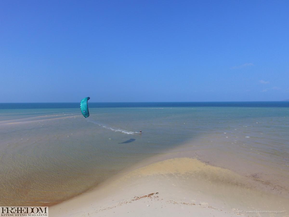 Australian-Kitesurfing-Surfari-Cooktown-Drone-023
