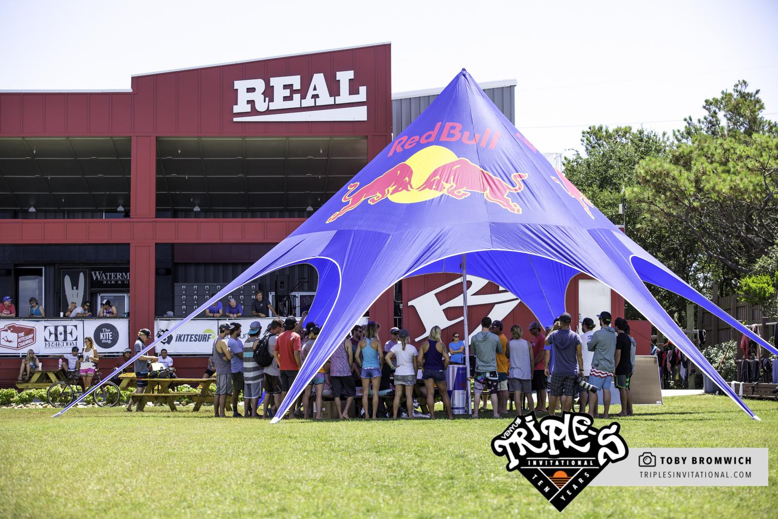 Real Kiteboarding, Triple S, Red Bull