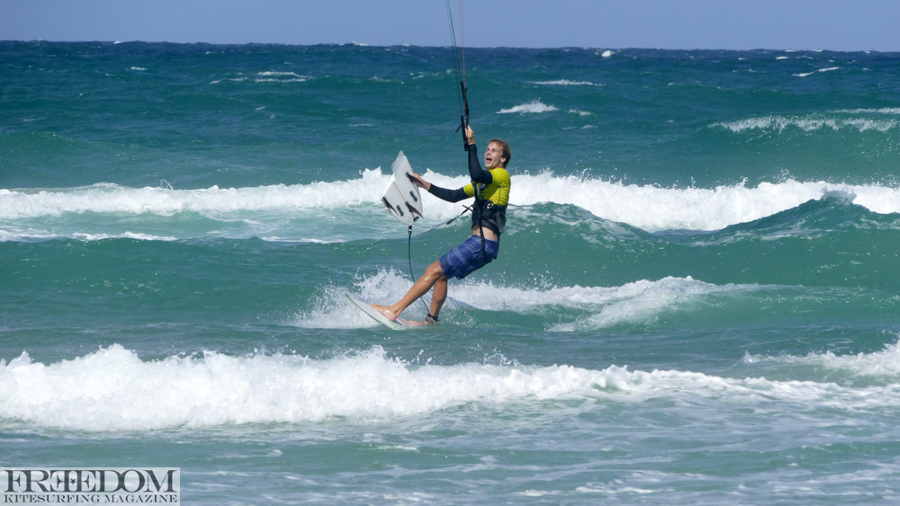 Beau Pilgrim, Kitesurf, broken surfboard, NKL Grand Final Gold Coast